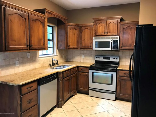 Residential/Single Family - Senatobia, MS (photo 3)