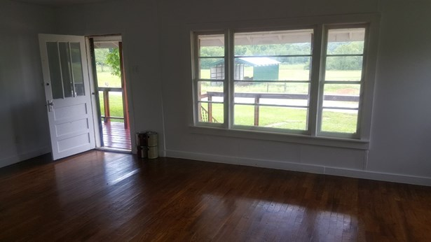 Residential/Single Family - Decaturville, TN (photo 4)
