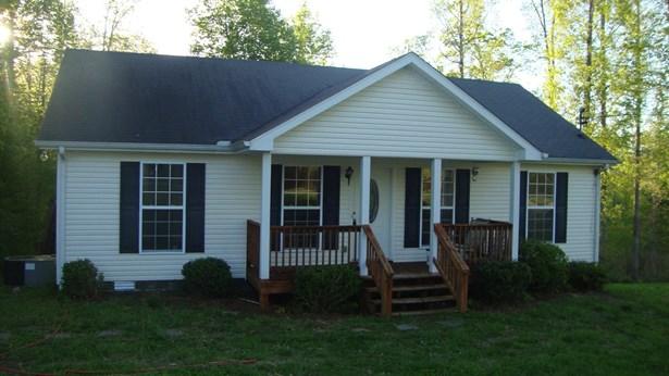 Residential/Single Family - Charlotte, TN (photo 3)