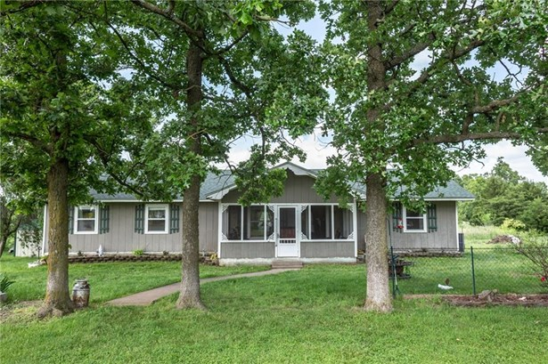 Residential/Single Family - South West City, MO