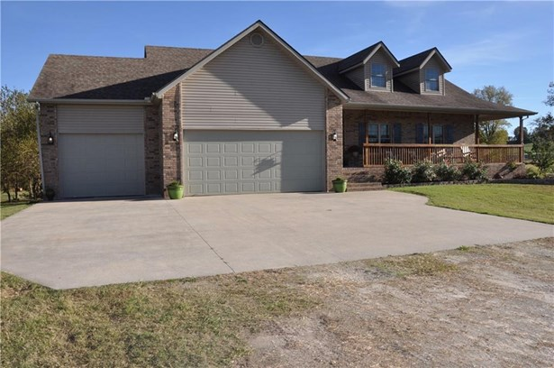 Residential/Single Family - Seligman, MO (photo 1)