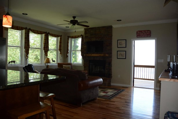 Residential/Single Family - New Tazewell, TN (photo 5)