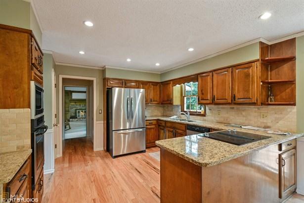 Residential/Single Family - Roswell, GA (photo 5)