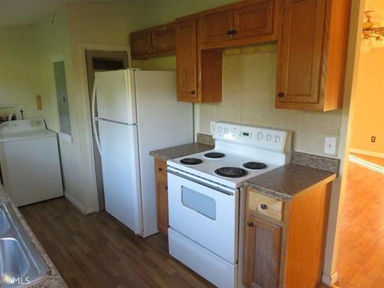 Residential/Single Family - Locust Grove, GA (photo 5)