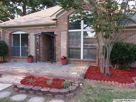 Residential/Single Family - DECATUR, AL (photo 3)