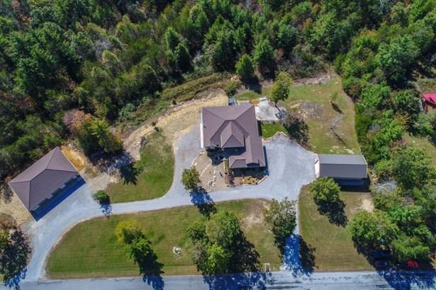 Residential/Single Family - Crossville, TN (photo 3)