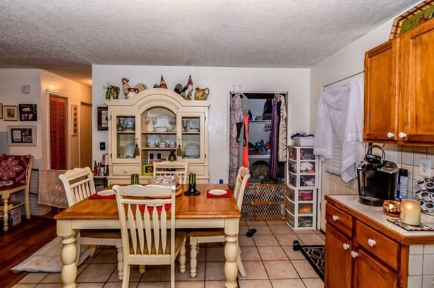 Residential/Single Family - Harriman, TN (photo 3)