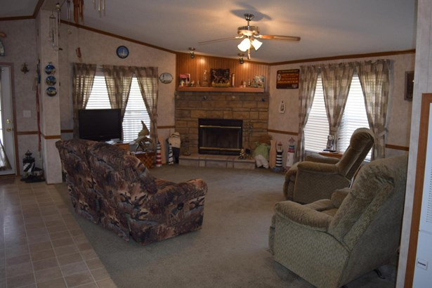 Residential/Single Family - Wyandotte, OK (photo 5)