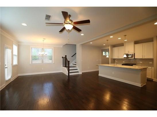 Residential/Single Family - Suwanee, GA (photo 4)