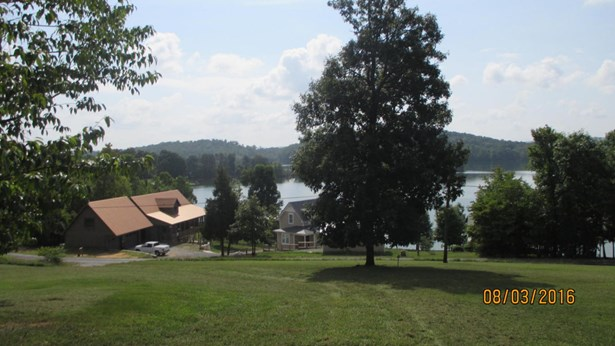 Residential/Single Family - Spring City, TN (photo 2)