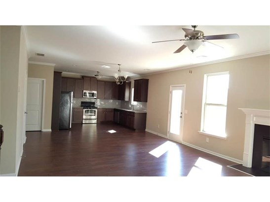 Residential/Single Family - Lawrenceville, GA (photo 4)