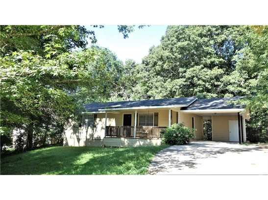 Residential/Single Family - Flowery Branch, GA (photo 1)