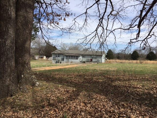 Residential/Single Family - Hohenwald, TN (photo 3)