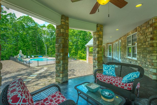 Residential/Single Family - Signal Mountain, TN (photo 3)