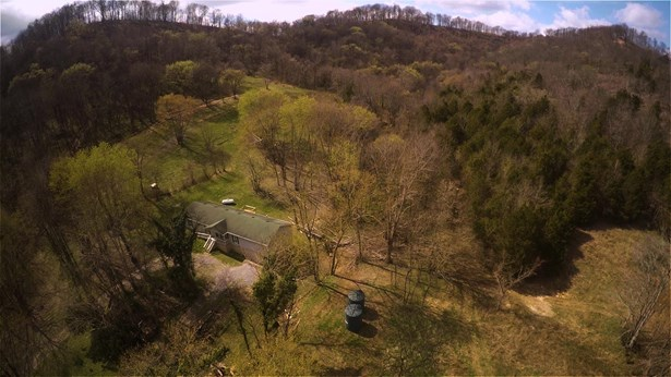 Residential/Single Family - Watertown, TN (photo 3)