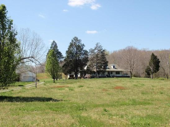 Residential/Single Family - Mc Ewen, TN (photo 1)