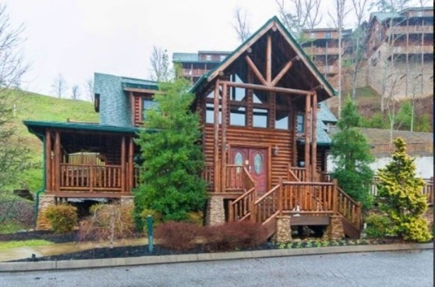 Residential/Single Family - Pigeon Forge, TN (photo 2)