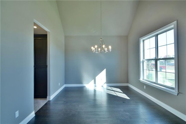 Residential/Single Family - Rogers, AR (photo 3)