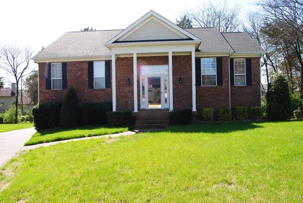 Residential/Single Family - Hendersonville, TN (photo 1)