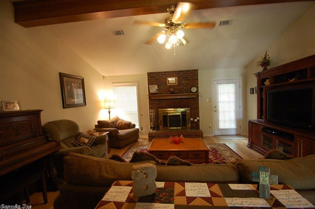 Residential/Single Family - Bryant, AR (photo 4)