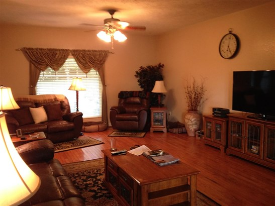 Residential/Single Family - Lexington, TN (photo 4)