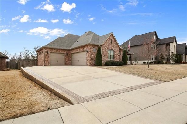 Residential/Single Family - Centerton, AR (photo 2)