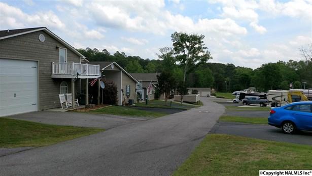 Residential/Single Family - GUNTERSVILLE, AL (photo 5)