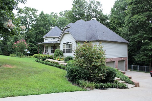 Residential/Single Family - Fairview, TN (photo 4)
