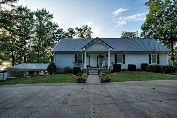 Residential/Single Family - Dover, TN (photo 1)