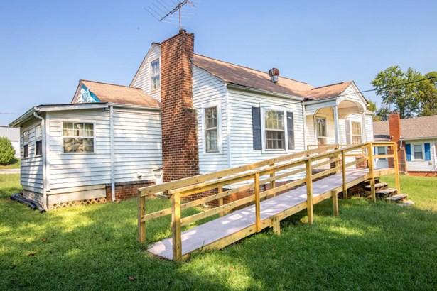 Residential/Single Family - Alcoa, TN (photo 3)