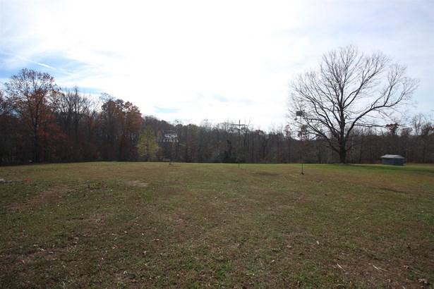 Residential/Single Family - Lyles, TN (photo 4)