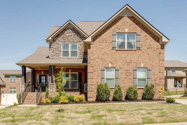 Residential/Single Family - Spring Hill, TN