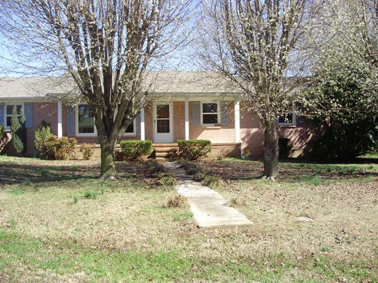 Residential/Single Family - Summertown, TN (photo 2)