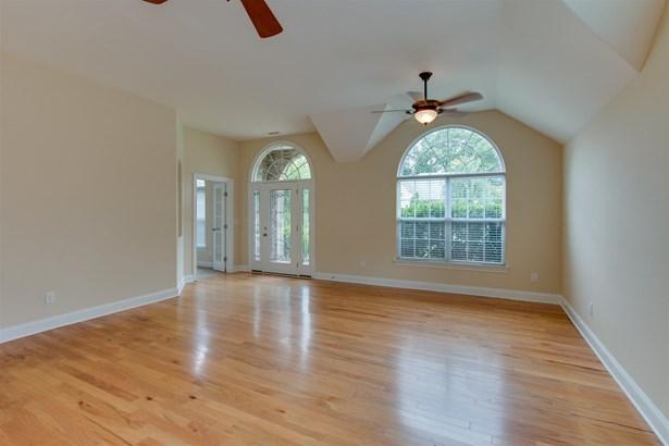 Residential/Single Family - White House, TN (photo 4)