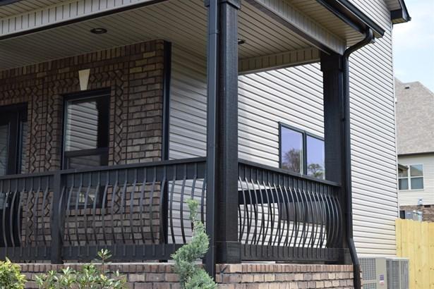 Residential/Single Family - Clarksville, TN (photo 2)