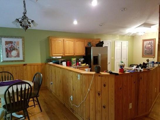 Residential/Single Family - Jamestown, TN (photo 4)