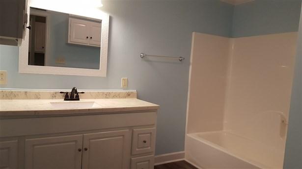 Residential/Single Family - Dyer, TN (photo 4)