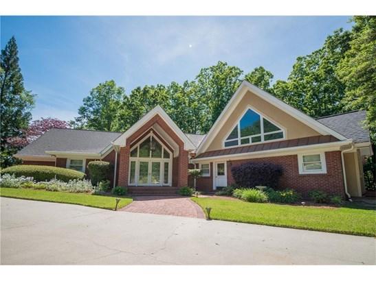 Residential/Single Family - Gainesville, GA (photo 1)