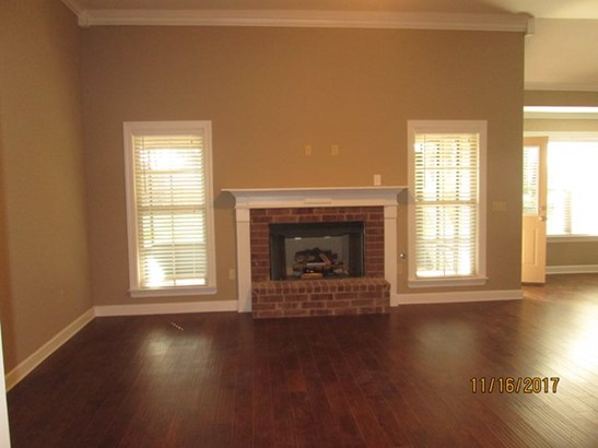Residential/Single Family - Marion, AR (photo 2)