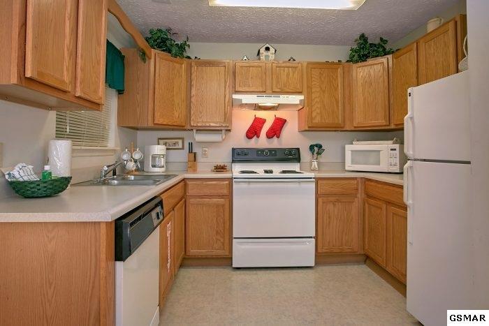 Residential/Single Family - Gatlinburg, TN (photo 3)