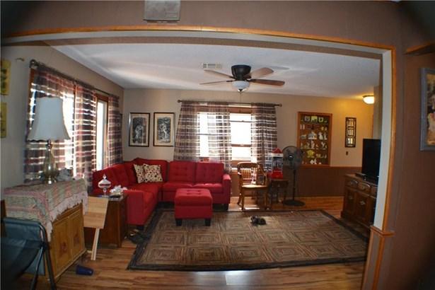 Residential/Single Family - Sulphur Springs, AR (photo 3)