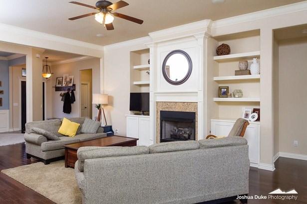 Residential/Single Family - Fayetteville, AR (photo 5)