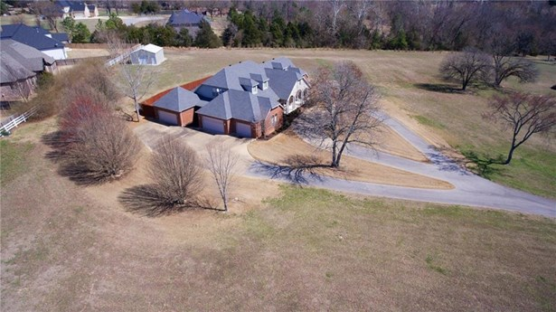 Residential/Single Family - Fayetteville, AR (photo 2)