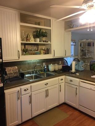 Residential/Single Family - Hampshire, TN (photo 4)