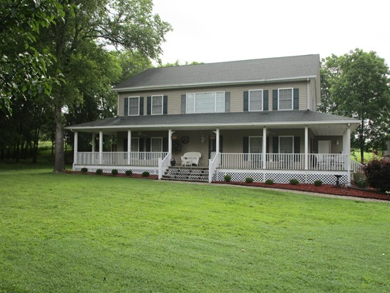 Residential/Single Family - Bethpage, TN (photo 4)