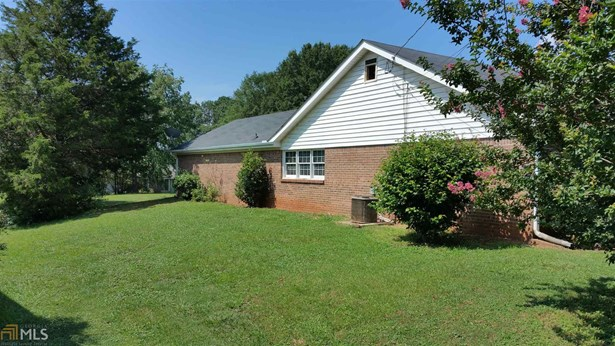 Residential/Single Family - Conyers, GA (photo 2)