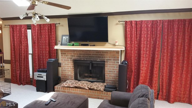 Residential/Single Family - Conyers, GA (photo 5)