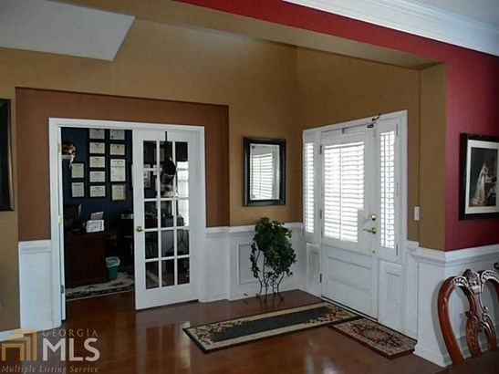 Residential/Single Family - Sugar Hill, GA (photo 2)