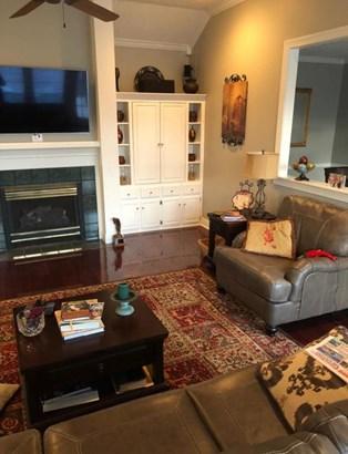 Residential/Single Family - Saltillo, MS (photo 4)