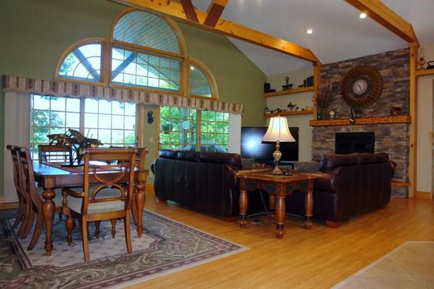 Residential/Single Family - Monterey, TN (photo 4)